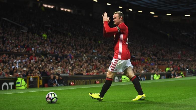 """""""Bandar Bola - Rooney Keberatan Badan Dan Terlalu Lambat"""""""