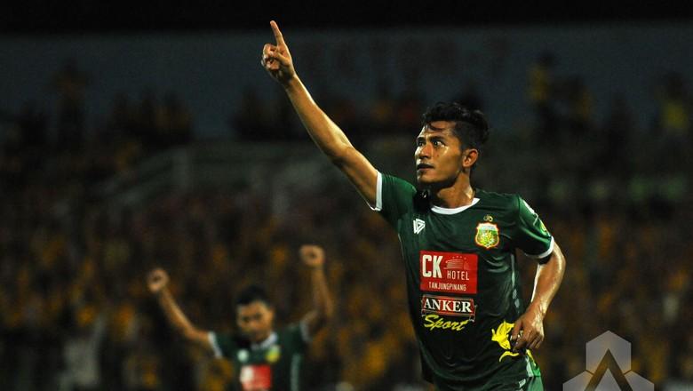 Surabaya United Tidak Ingin Remehkan Persipura