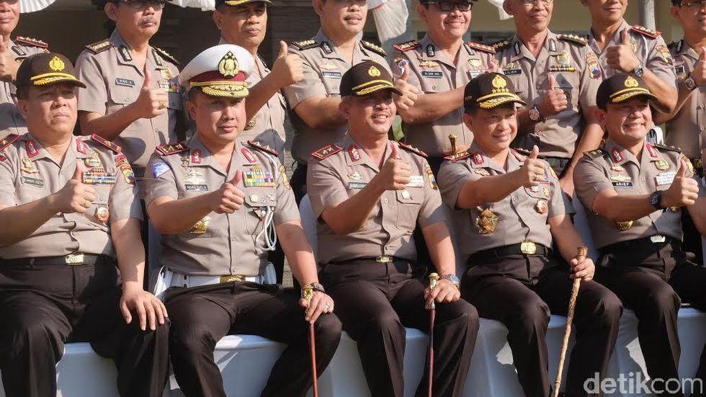 Ke Semarang, Kapolri Beri Penghargaan ke Polisi yang Cegah Bom di Mapolres Solo