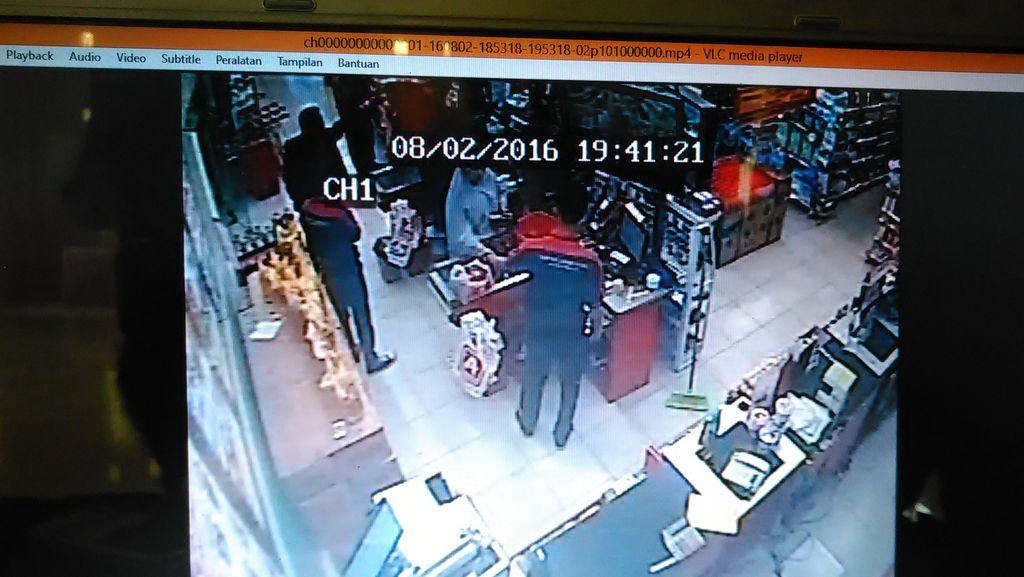 Pengacara Koboi yang Todong Pengunjung di Minimarket Jadi Tersangka