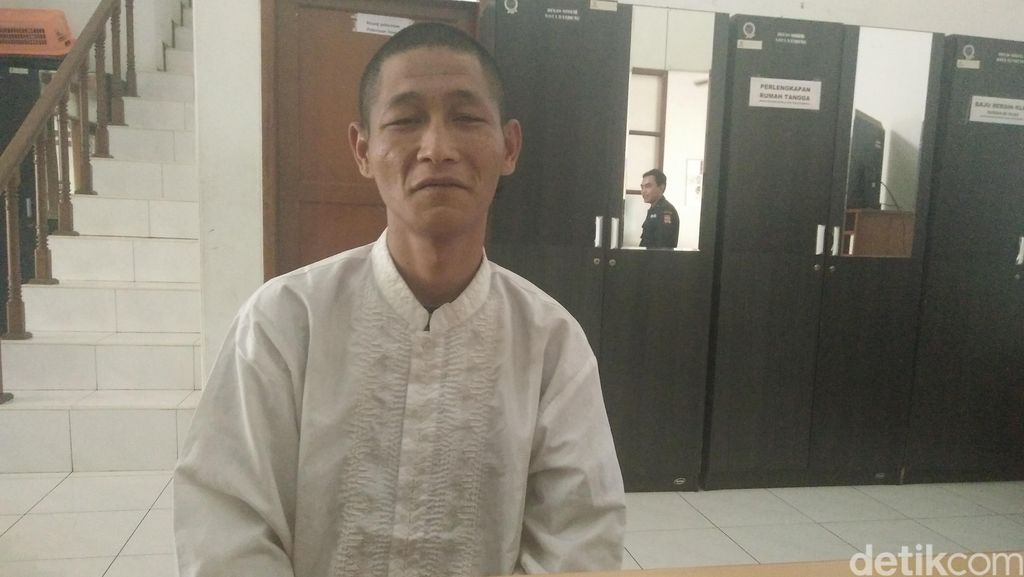 Ditawari Ridwan Kamil Jadi Penyapu Jalan, Begini Respons Alexander