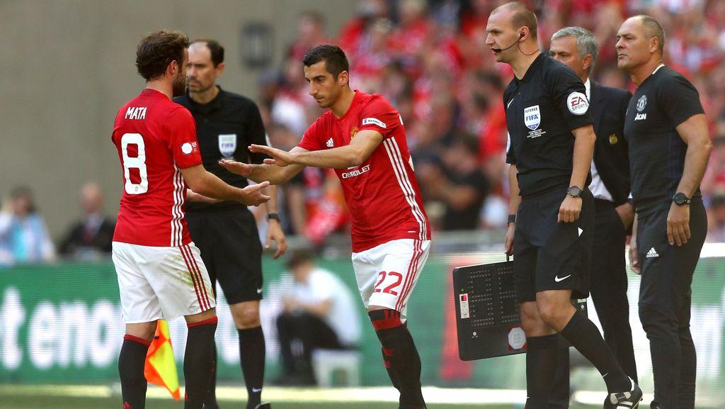 Mourinho Bicara soal Situasi Mkhitaryan dan Rashford