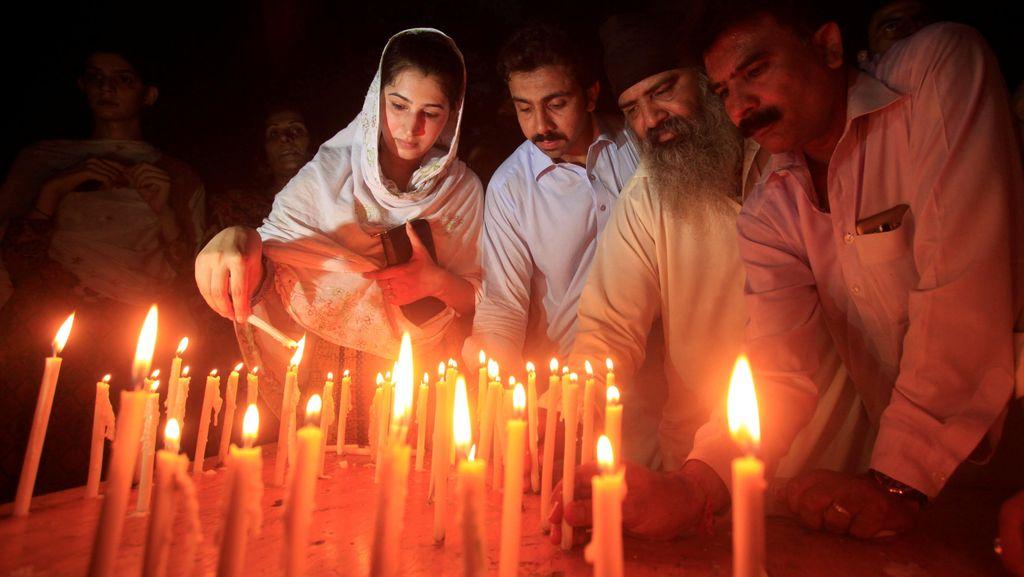 Taliban dan ISIS Sama-sama Mengklaim Bom Bunuh Diri di Rumah Sakit Pakistan