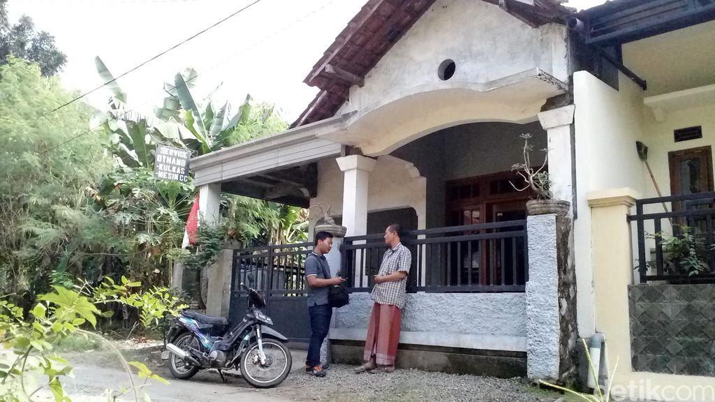 Penampakan Rumah Bangkit, Perakit Senpi di Jombang yang Digerebek Polisi