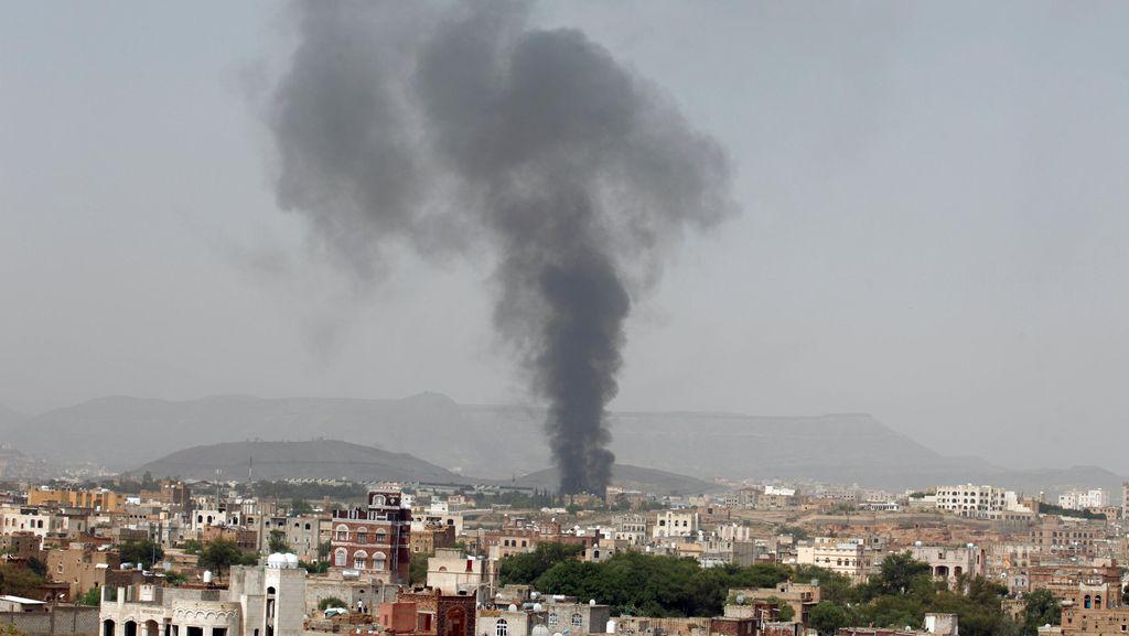 Pria Yaman Tikam Polisi Arab Saudi Hingga Tewas