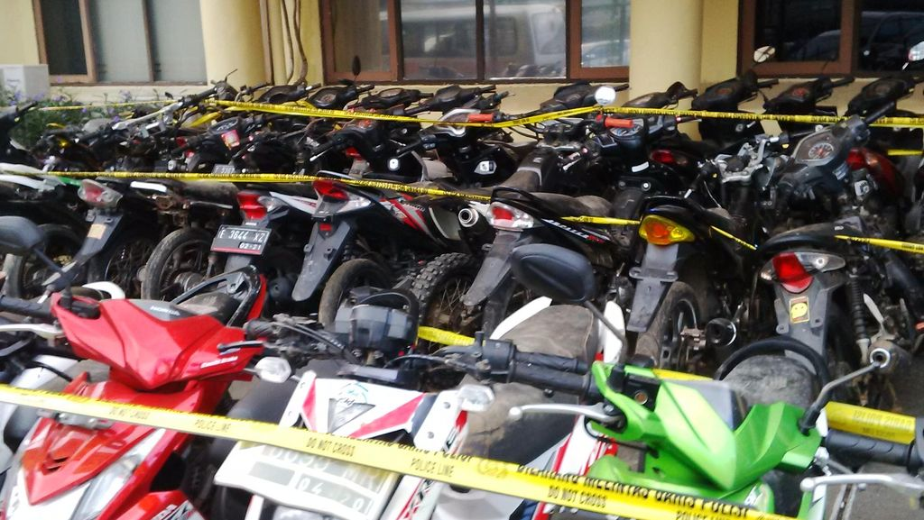 Polda Jabar Bongkar Komplotan Curanmor di Kampung Maling Karawang