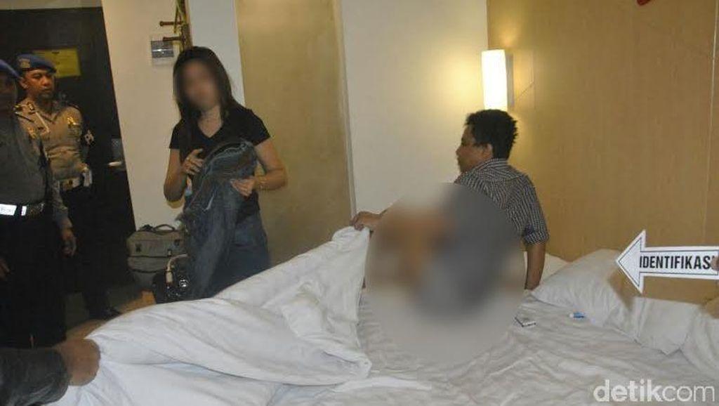 Selingkuh dengan Pria Idaman, Istri Polisi Digerebek dari Kamar Hotel