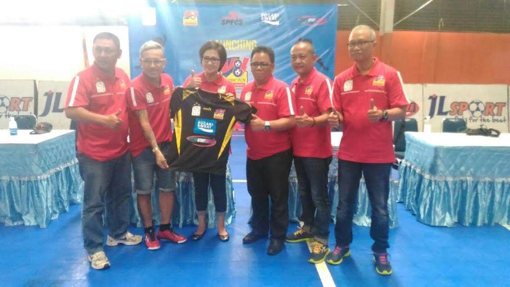 Mantan Pemain Timnas Ini Buka Akademi Futsal