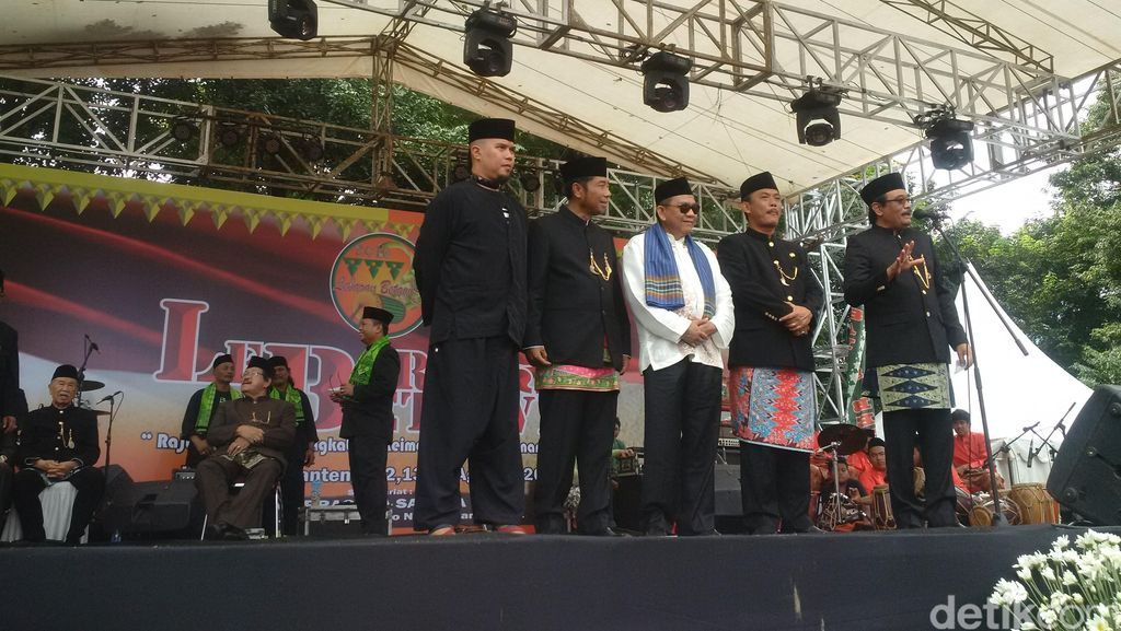 Buka Lebaran Betawi, Wagub Djarot Ajak Ahmad Dhani Naik ke Panggung