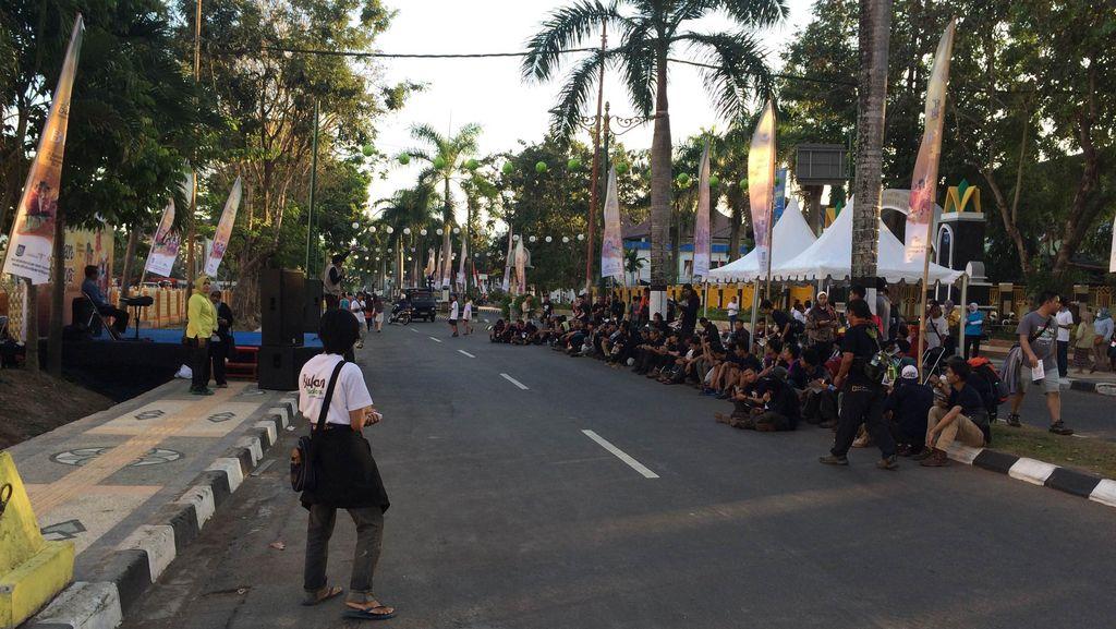 Meriahnya Kick Off Bulan Budaya Lombok Sumbawa di Mataram