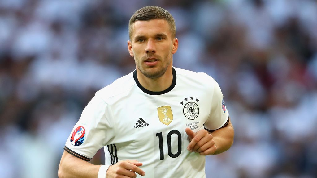 Setelah 12 Tahun dan 129 Caps, Podolski Mundur dari Timnas Jerman
