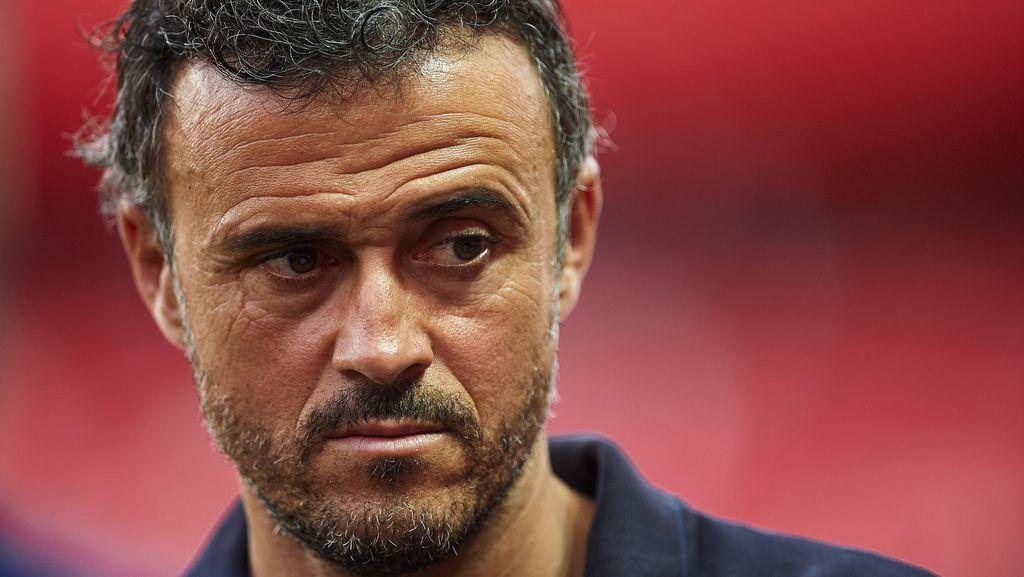 Enrique Akui Bilbao Amat Menyulitkan