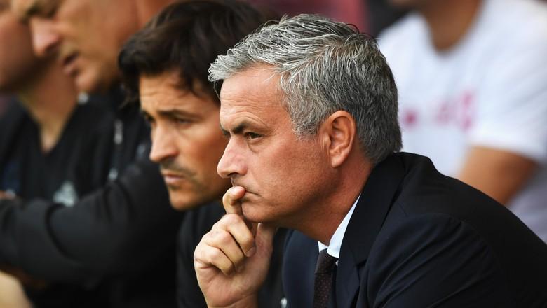 Mourinho Aku Gugup Bawa MU Lakoni Laga Debutnya