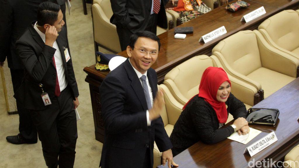 Ahok Mengaku Hanya Ngobrol dengan Megawati Saat Bertemu di DPR