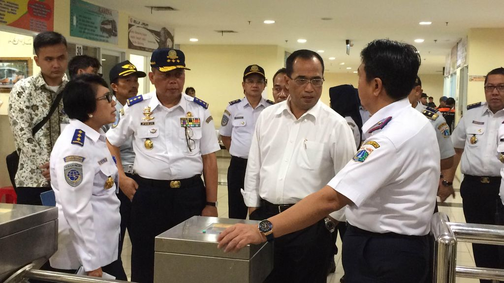 Menhub Minta Peningkatan Fasilitas Penumpang dan PO di Terminal Pulogebang