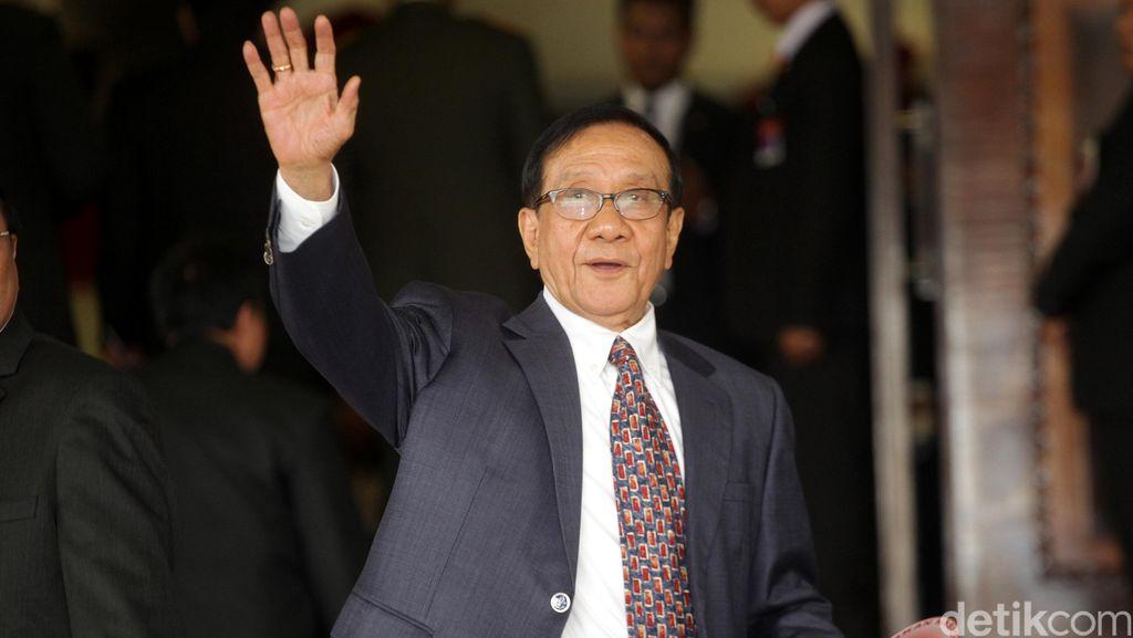 Akbar Tandjung: Novanto Pernah Mundur karena Langgar Kode Etik Berat