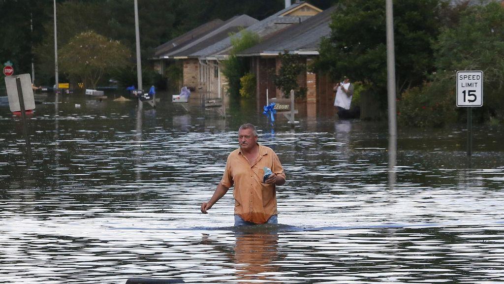 Banjir AS Tewaskan 7 Orang, 30 Ribu Orang Terpaksa Mengungsi