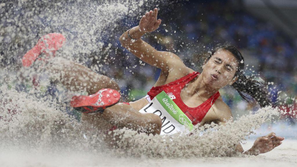 Maria Londa Ciptakan Hat-trick Emas di Lompat Jauh PON