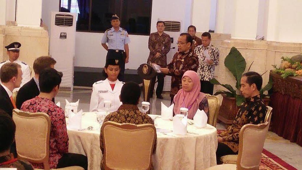Jokowi Undang Makan Siang 476 Orang Teladan Nasional di Istana
