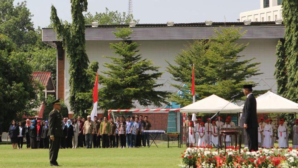 Upacara 17 Agustus di KBRI Bangkok Diikuti Juga Masyarakat dan Turis dari Indonesia