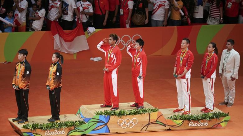 Duet Owi & Butet: Berjaya di All England, Juara Dunia, Kini Medali Emas Olimpiade Femi Diah - detikSport