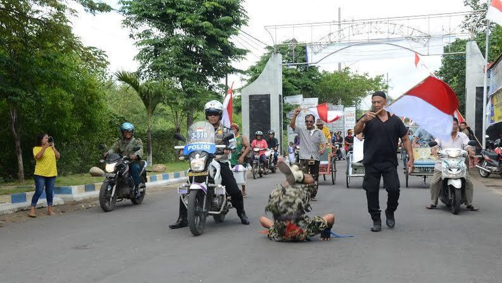 Kopka Bagio Jungkir Balik Peringati HUT RI Sejauh 1,5 Km