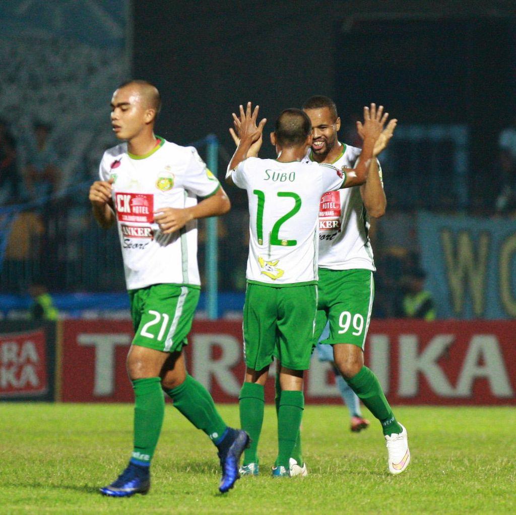 Surabaya United Taklukkan Persela 1-0