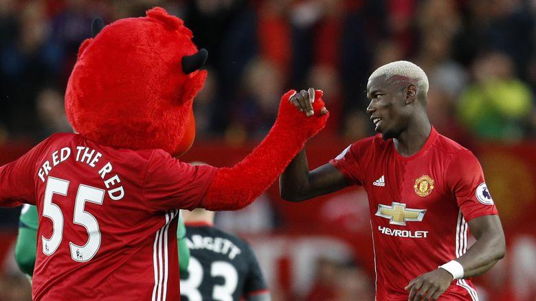 Raiola Sebut Mourinho Sudah Incar Pogba Sejak Masih Di Chelsea