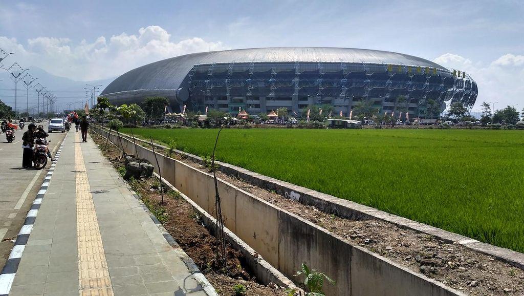Panitia PB PON Berharap Persib-Arema Tak Digelar di Stadion GBLA