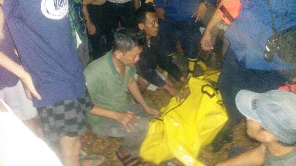 Ngebut, Pengendara Motor Ini Terpeleset dan Tewas Tenggelam di Kali Cipinang