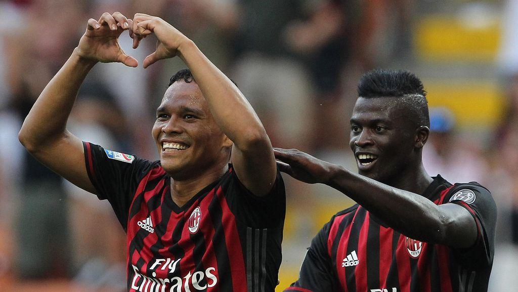 Bacca Hat-trick, AC Milan Buka Musim dengan Kemenangan