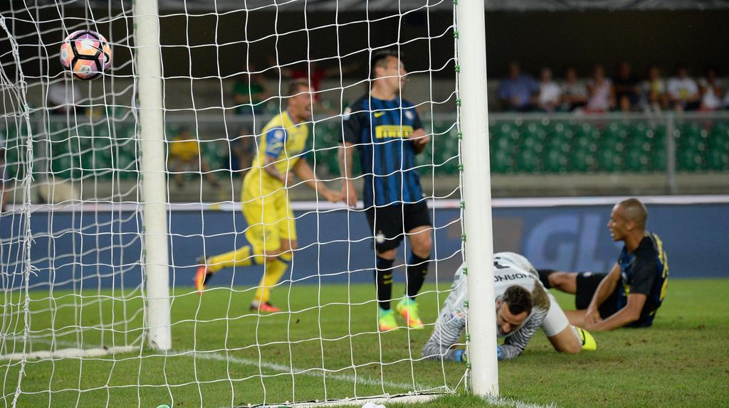 Inter Kalah, Handanovic Marah