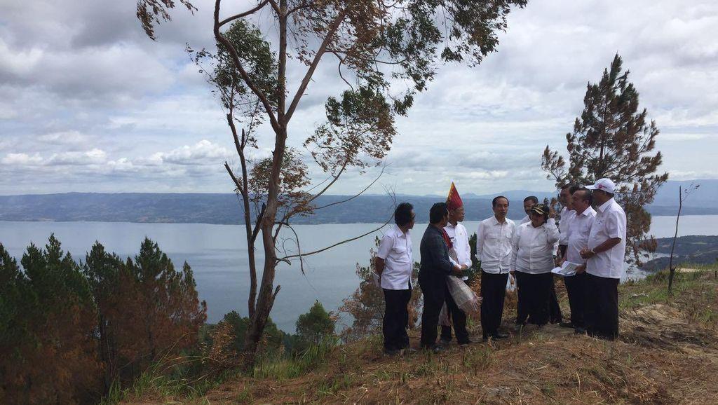 Jokowi Kunjungi Lokasi yang Akan Dibangun Destinasi Wisata di Danau Toba