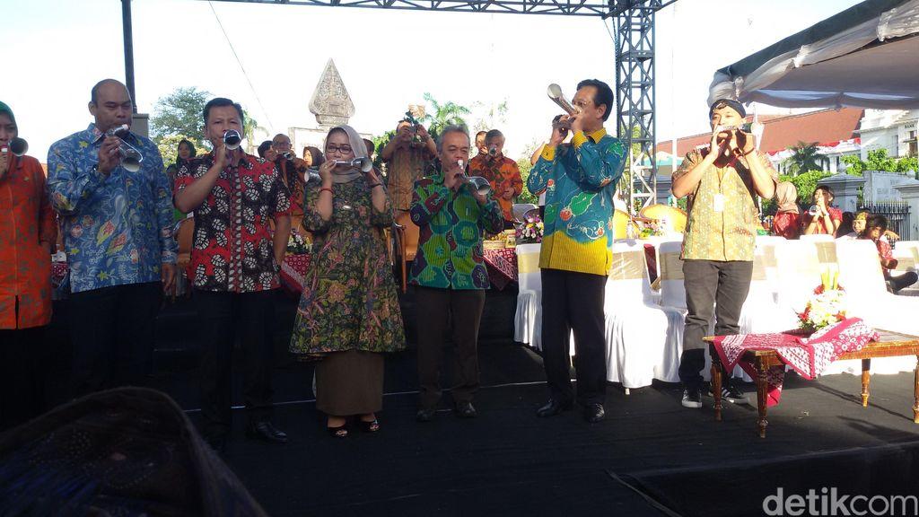 Tiupan Terompet Sultan Awali Perhelatan Festival Kesenian Yogyakarta Ke 28