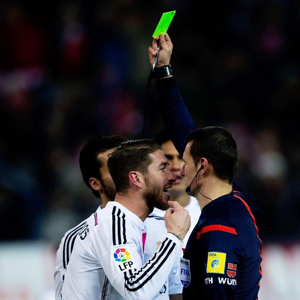 Sergio Ramos dan Koleksi 150 Kartu Kuningnya