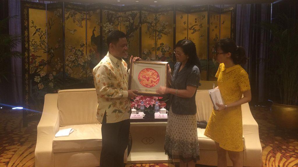 Bertemu Pejabat Jiangsu, Pengurus Golkar Bahas Poros Maritim dan Investasi