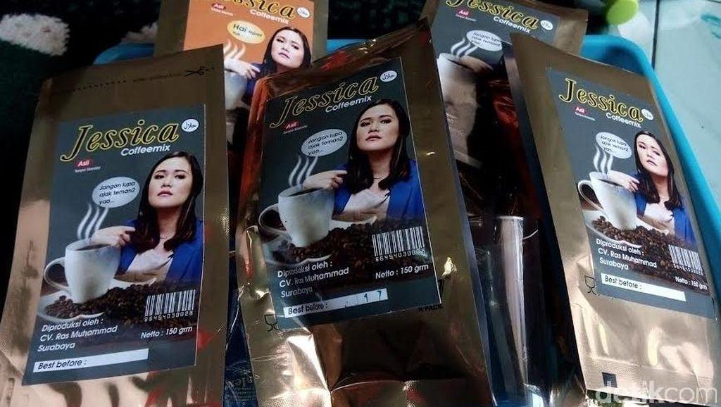 Kopi dengan Merek dan Foto Jessica Beredar di Surabaya