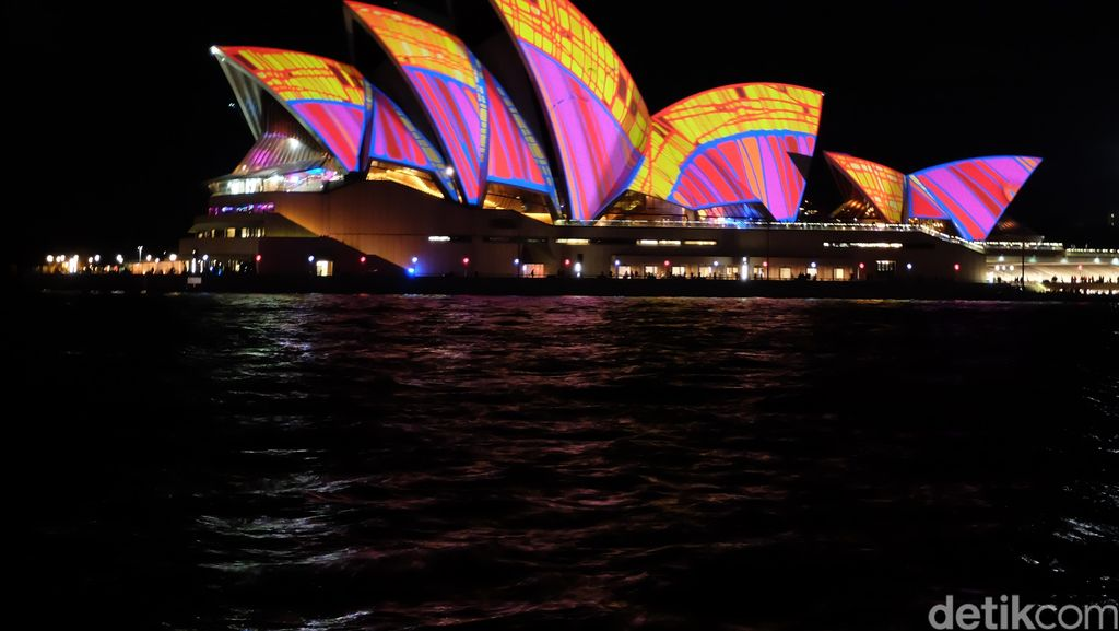 Indahnya Vivid Sydney, Festival Cahaya yang Menarik 52 Ribu Turis Indonesia