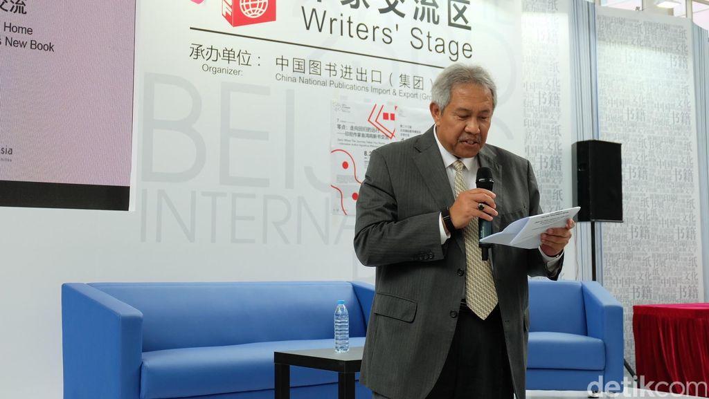 Diskusi Buku Agustinus Wibowo dan Yu Hua Perkuat Hubungan Dua Negara