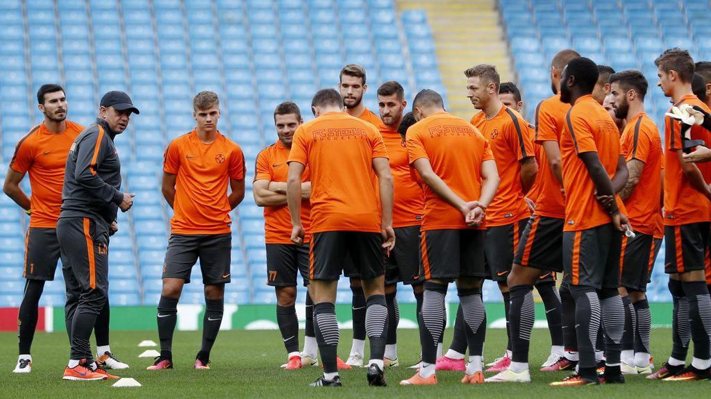 Steaua Tak Banyak Berharap dari Laga di Etihad