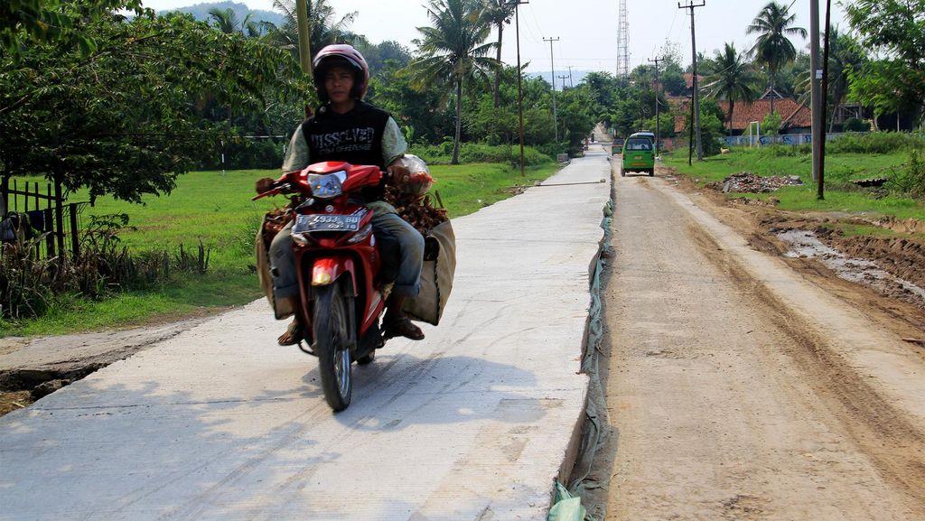 Wajah Jalan Istimewa yang Buat Bupati Dedi Raih Penghargaan dari TNI AD