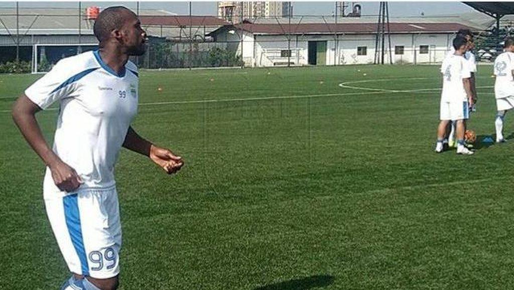 Persib Seleksi Pemain dari Prancis