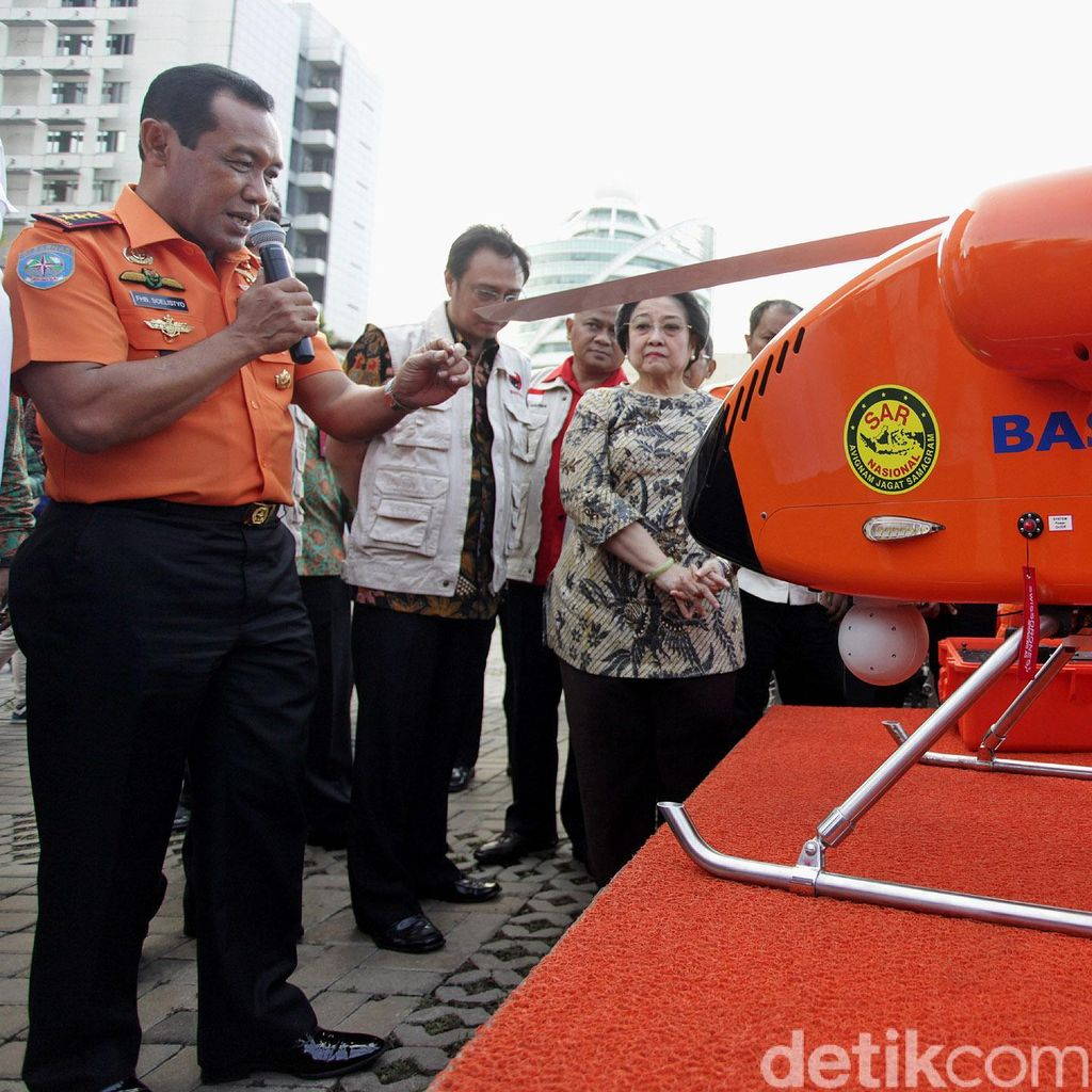 Megawati Lihat Peralatan Basarnas