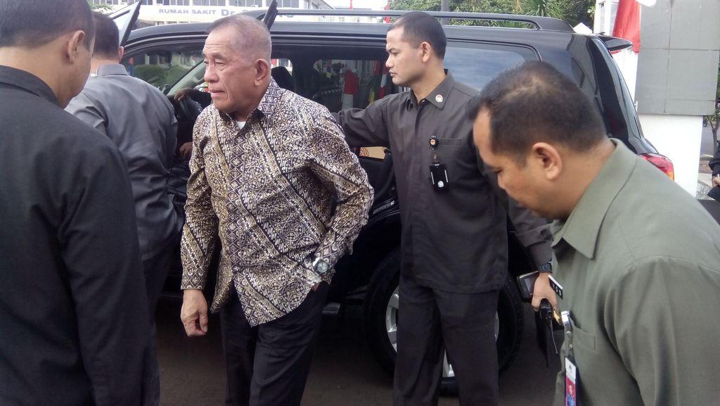 Menhan: Abu Sayyaf Terdesak, Pengamanan Dilakukan 3 Negara di Laut