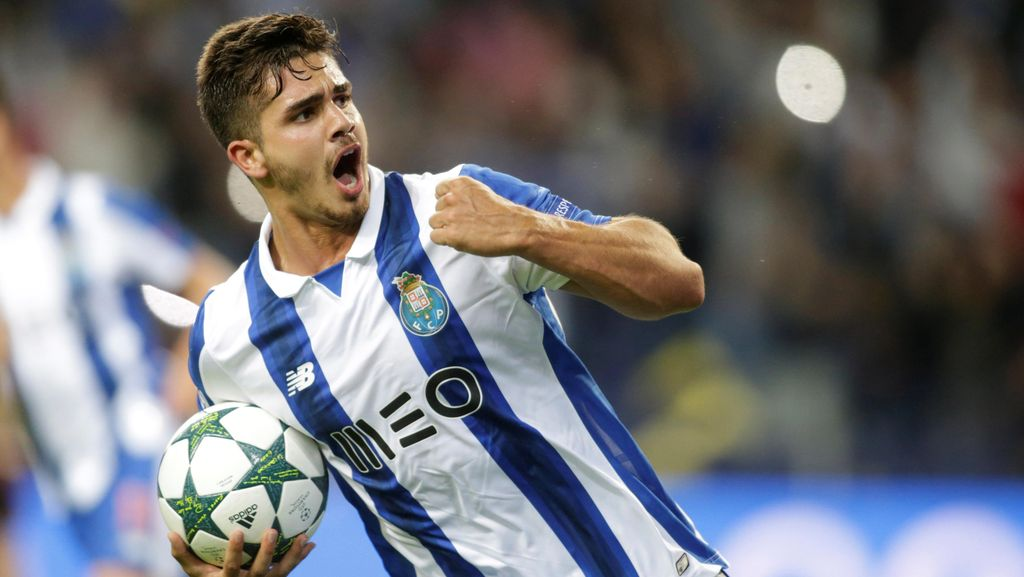 Lumat Roma, Porto ke Fase Grup Liga Champions