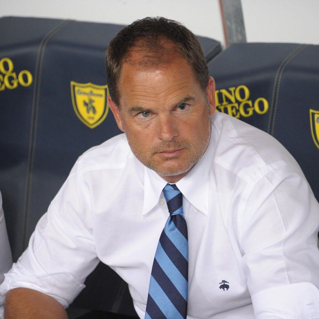 Di Inter, De Boer Tak Bisa seperti Banteng Masuk ke Toko Pecah Belah
