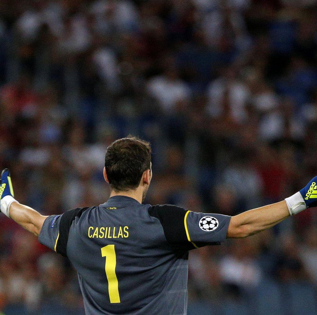 Main di Liga Champions 18 Musim Beruntun, Casillas Samai Rekor Giggs