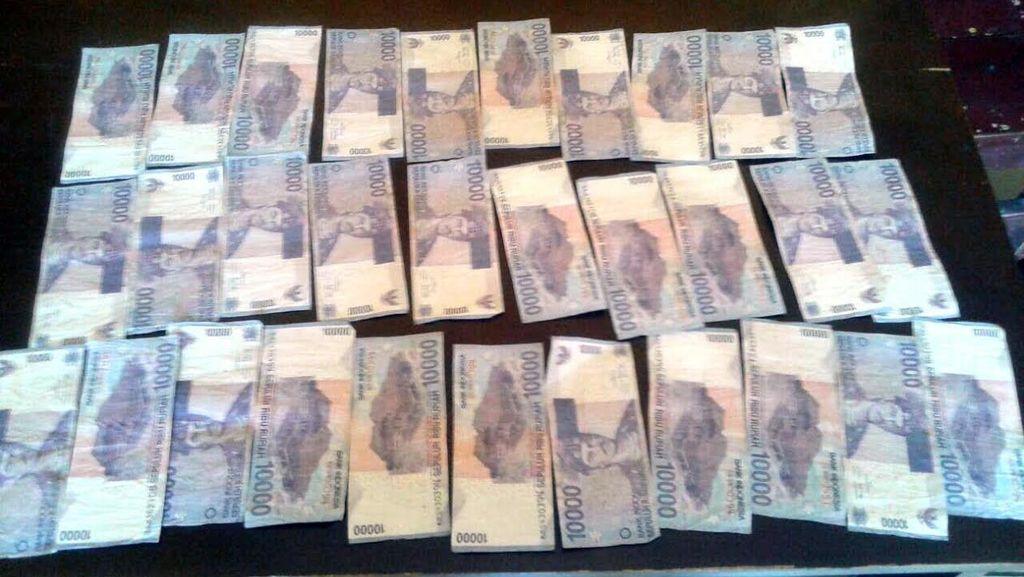 2 Pengedar Uang Palsu Dibekuk Saat Belanjakan Pecahan Rp 10 Ribu ke Tukang Rokok