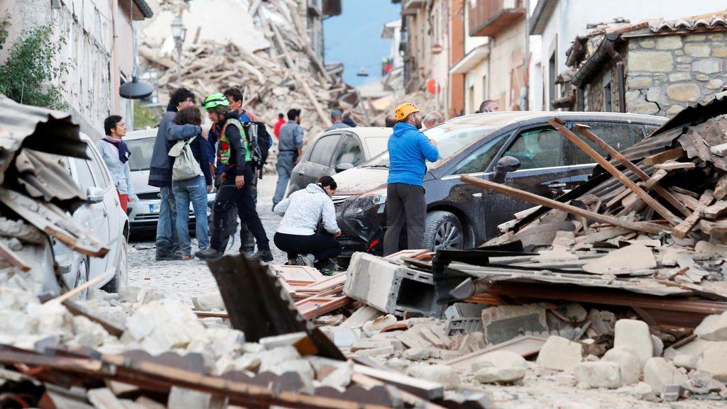 Menlu Pastikan Tak Ada WNI Jadi Korban akibat Gempa Italia