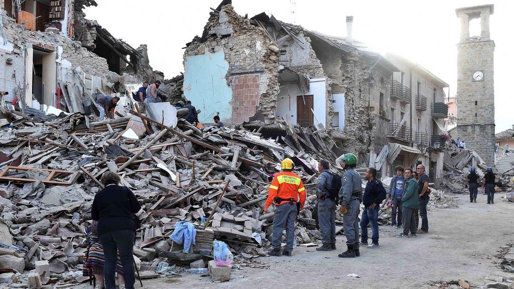 Korban Tewas Gempa Italia Bertambah Jadi 247 Orang, Ratusan Luka-luka